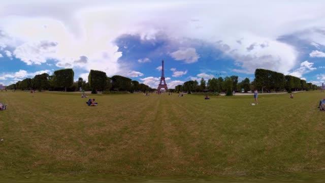A 360VR video of the Eiffel Tower Paris