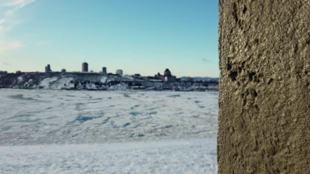 video alte stadt quebec im winter - sankt lorenz strom stock-videos und b-roll-filmmaterial