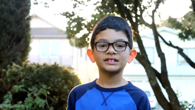 Video porträtt av en pojke