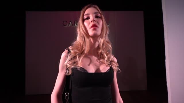vidéos et rushes de atmosphere video portraits of transgender models at world's first transgender lingerie brand launch on february 28 2019 in london united kingdom - lingerie féminine