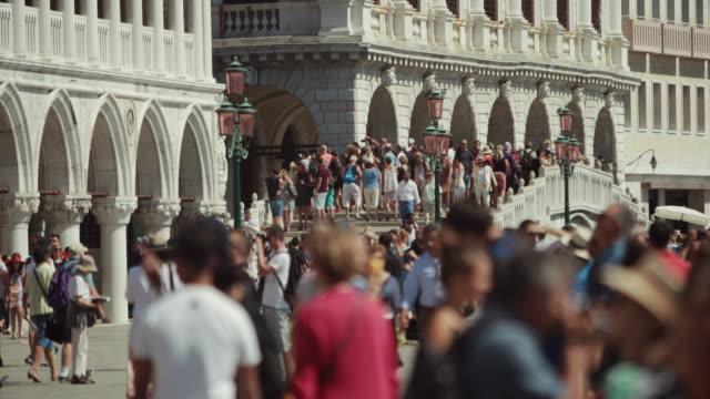 video postcards from italy: venezia - cultura italiana video stock e b–roll