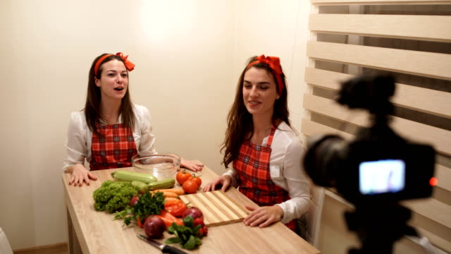 vídeos de stock e filmes b-roll de video recipe for tasty vegan food - television show