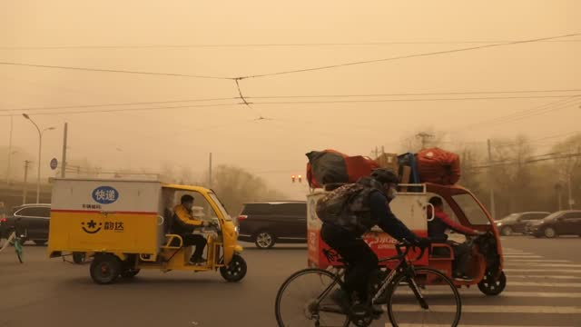 video shows scenes of beijing's worse sandstorm along with pollution as the streets looking apocalyptic. footage by: costfoto / barcroft studios via... - beijing stock videos & royalty-free footage