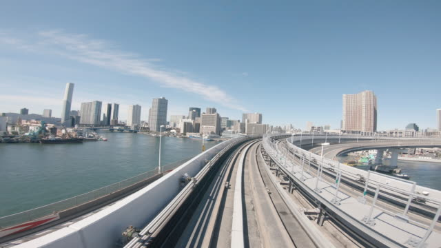 4k-video: sightseeing ab der automatik, tokio, japan. - zugperspektive stock-videos und b-roll-filmmaterial