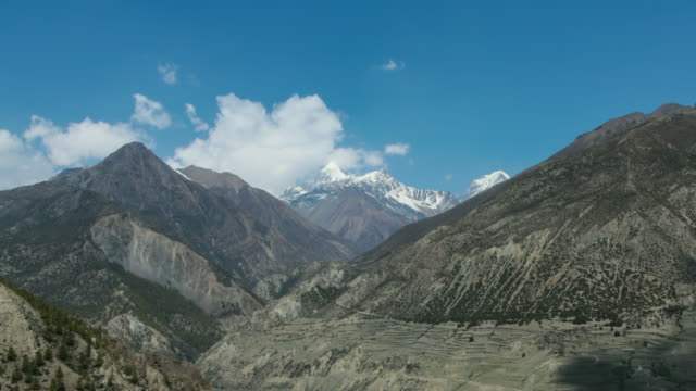 4k video time lapse of annapurna mountains, himalaya, nepal - annapurna range stock videos and b-roll footage