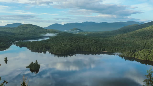 4K Video Time Lapse of Sunrise at Monroe Lake, Tremblant, Quebec, Canada
