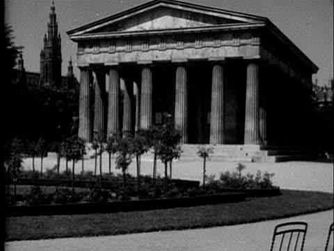 1936 - Vienna cityscape along Ringstrasse