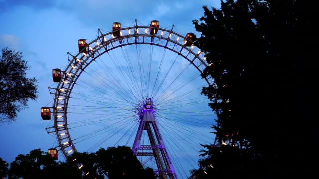 wiener riesenrad at night - prater park stock videos & royalty-free footage