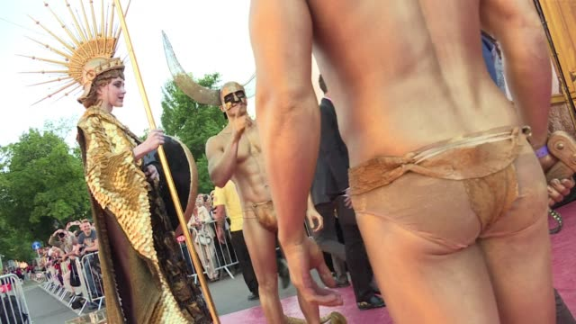 Vienna hosted on Saturday the annual HIV/AIDS charity event Life Ball with dozens of celebrities and others walking the red carpet in headturning...