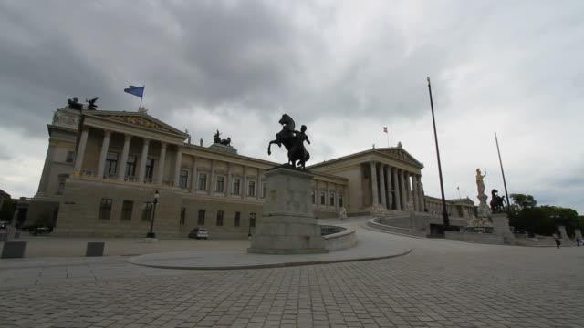 stockvideo's en b-roll-footage met vienna parliament - oostenrijkse cultuur