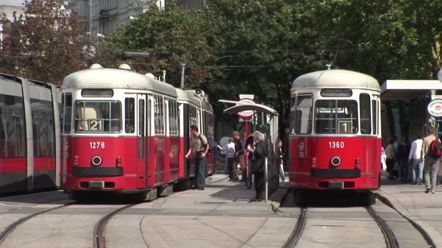 viennaview of trams in vienna austria - österreichische kultur stock-videos und b-roll-filmmaterial