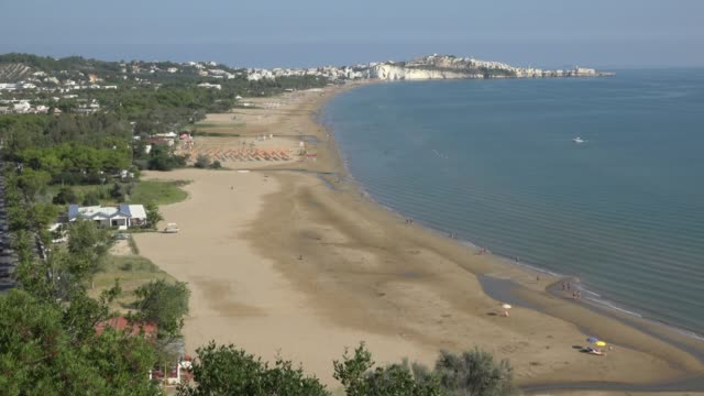 vieste beach at adriatic sea - spiaggia stock videos & royalty-free footage