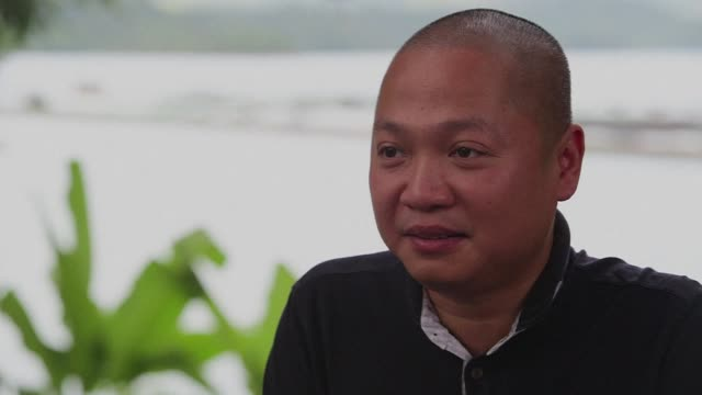 a vietnamese businessman is taking on the russians and iranians at their own game by farming caviar - vietnam meridionale video stock e b–roll