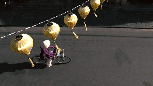Vietnamese Lady on bicycle