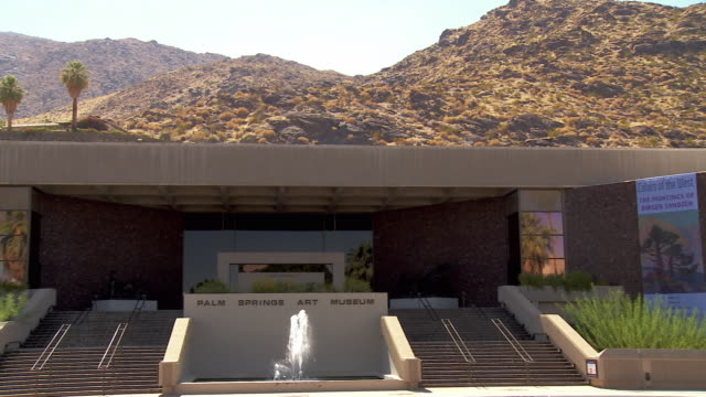 WS PAN View across Palm Springs Art Museum at the foot of San Jacinto Mountains / Palm Springs, California, USA