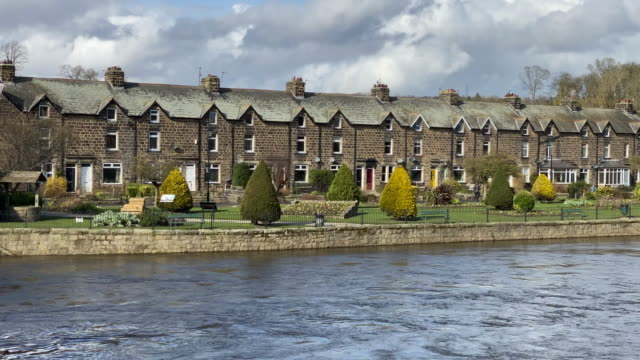 view across the river wharfe in otley, west yorkshire - riverbank stock videos & royalty-free footage