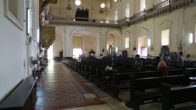 view at the altar inside the basilica do bom jesus a unesco world cultural heritage located in goa the grave of francis xavier one of the first... - christian ender stock-videos und b-roll-filmmaterial