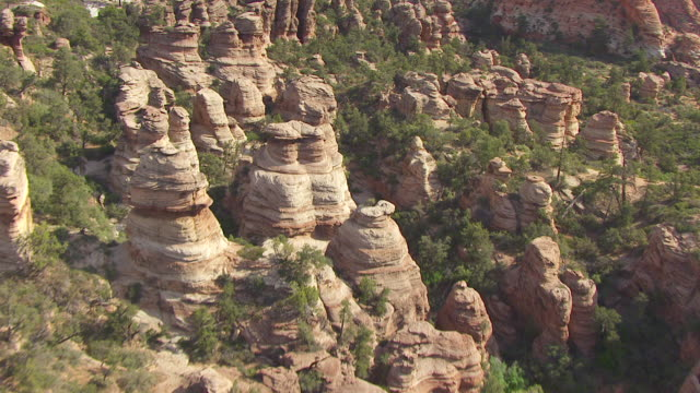 MS AERIAL View flying over buttes at Zion national park / Utah, United States
