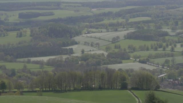 view from baslow edge, baslow, peak district national park, derbyshire, england, united kingdom, europe - derbyshire stock-videos und b-roll-filmmaterial