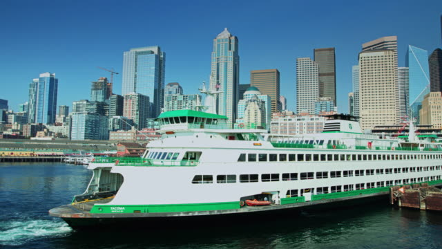 view from ferry leaving seattle on summer day - ferry stock videos & royalty-free footage
