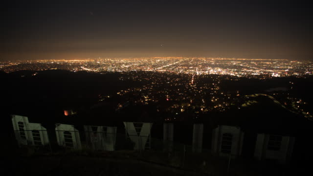 vidéos et rushes de view from hollywood sign - comté de los angeles