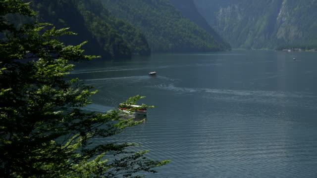 view from malerwinkel towards lake koenigssee, berchtesgadener land, upper bavaria, bavaria, germany - ベルヒテスガーデナーランド点の映像素材/bロール