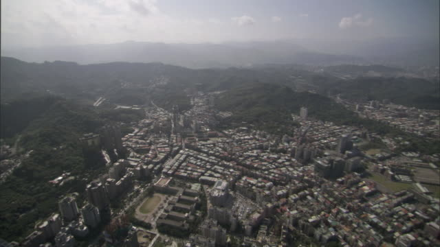 ws cs ha view from observation deck of taipei 101 skyscraper looking down over city and hills / taipei, taipei county, taiwan - taipei 101 stock videos & royalty-free footage