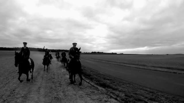 view from the back of a horse during cavalry reenactment - cavalry stock videos & royalty-free footage