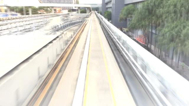 シンガポール空港からの運転手の鉄道 - モノレール点の映像素材/bロール