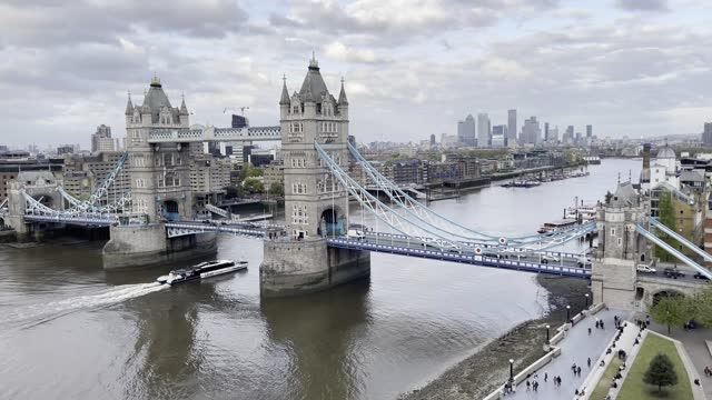 view from the top of city hall of both tower bridge and the city of london with hms belfast in the foreground on may 9, 2021 in london, england. - international landmark stock videos & royalty-free footage