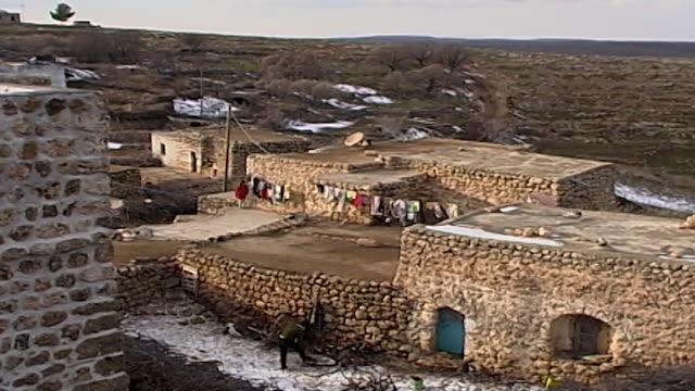 view man chopping wood from the kurdish village of kfarbe known in turkish as gungoren - chopping stock videos & royalty-free footage