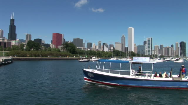 view of a pier in chicago united states - water taxi stock videos & royalty-free footage