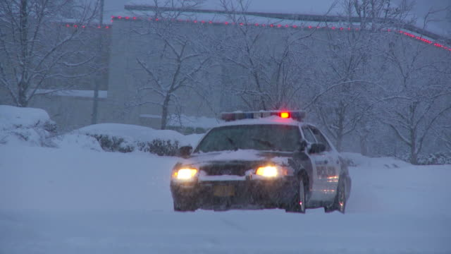 view of a police car in portland usa - portland oregon snow stock videos & royalty-free footage
