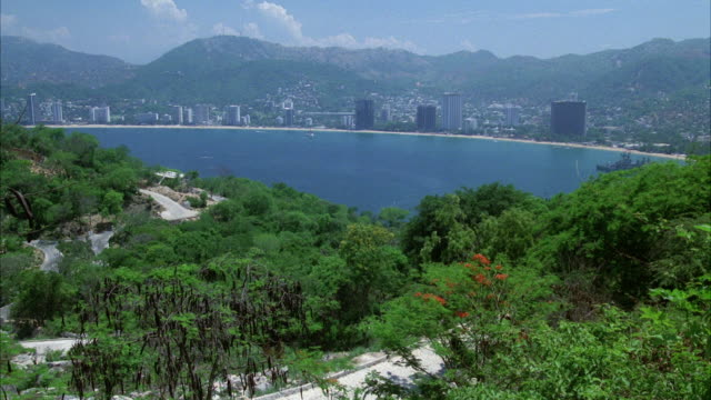 WS View of acapulco bay city