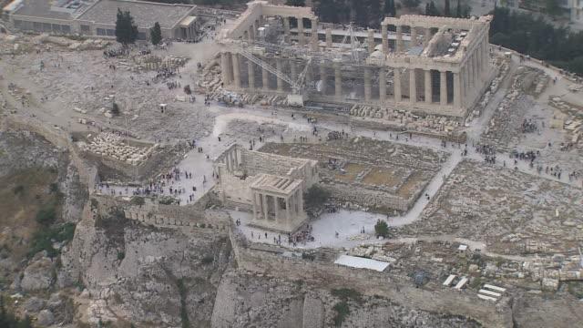 vidéos et rushes de ws aerial view of acropolis / acropolis, athens, greece - grèce