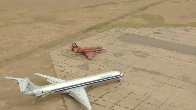 ws aerial ds view of airfield and elvis airplane / roswell, new mexico, united states - roswell stock videos & royalty-free footage