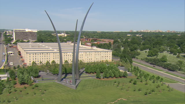 ws aerial zi ds view of airforce memorial / washington, dist. of columbia, united states - united states airforce stock videos and b-roll footage