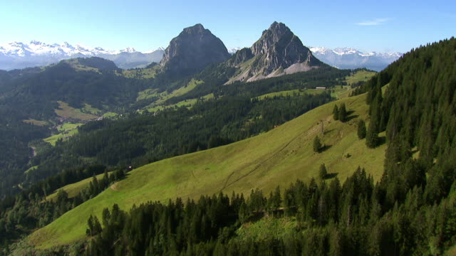 WS AERIAL View of Alptal Valley with two Mythen mountains / Alptal, Schwyz, Switzerland