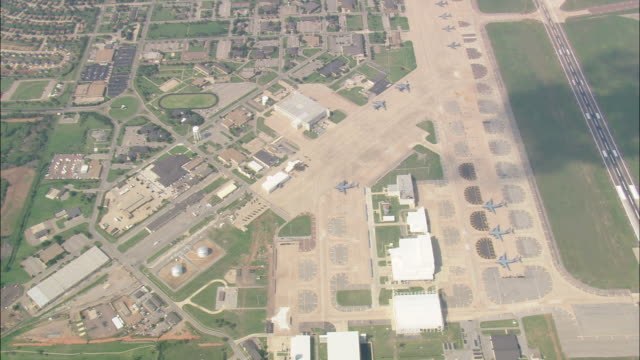 ws aerial zi view of altus air force base / oklahoma, united states - military base stock videos & royalty-free footage