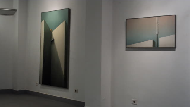 ms pan view of an art gallery / bilbao, vizcaya, spain. - museum stock-videos und b-roll-filmmaterial