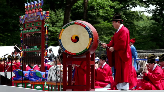 view of ancestral ritual formalities for jongmyo shrine (intangible cultural heritage) - tradition stock videos & royalty-free footage