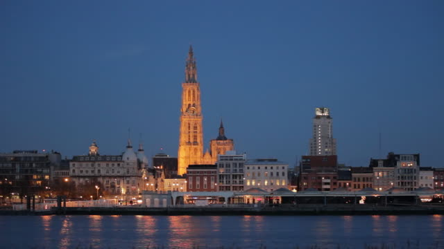 WS View of Antwerp with Cathedral of Our Lady and river Scheldt / Antwerp, Belgium