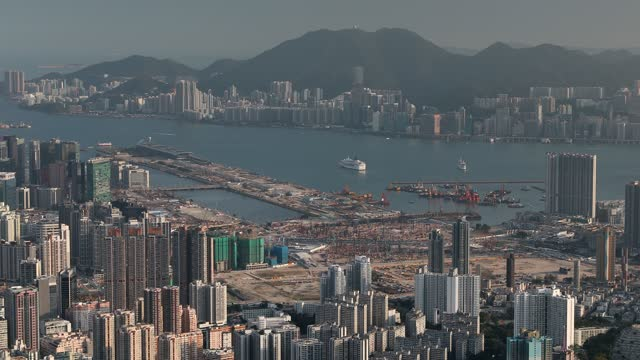 stockvideo's en b-roll-footage met view of apartment blocks, kowloon, hong kong, china, asia - hong kong