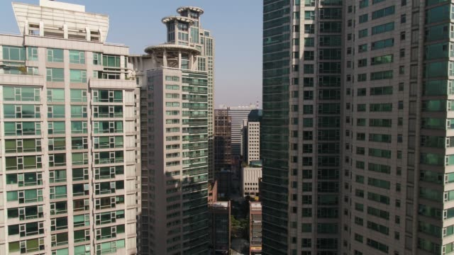 view of apartment buildings in mok-dong, yangcheon-gu district, seoul - mok stock videos and b-roll footage