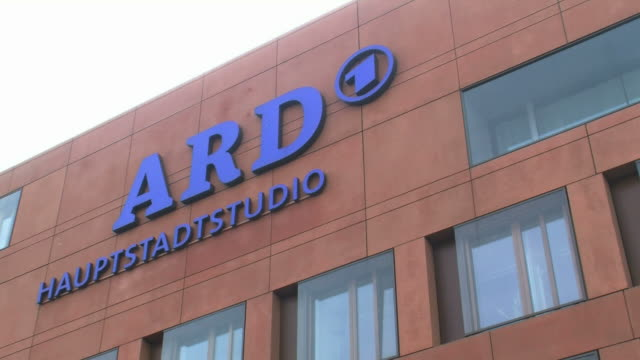 cu pan view of ard television capital studio / berlin, germany - scrittura occidentale video stock e b–roll