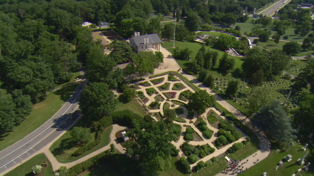 ws aerial zi view of arlington house and cemetery / washington, dist. of columbia, united states - arlington virginia stock videos & royalty-free footage