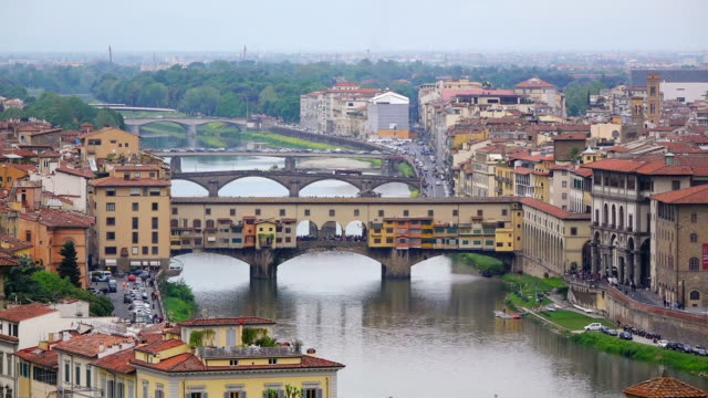 ws view of arno river and galleria degli uffizi / florence, tuscany, italy - art gallery stock videos & royalty-free footage