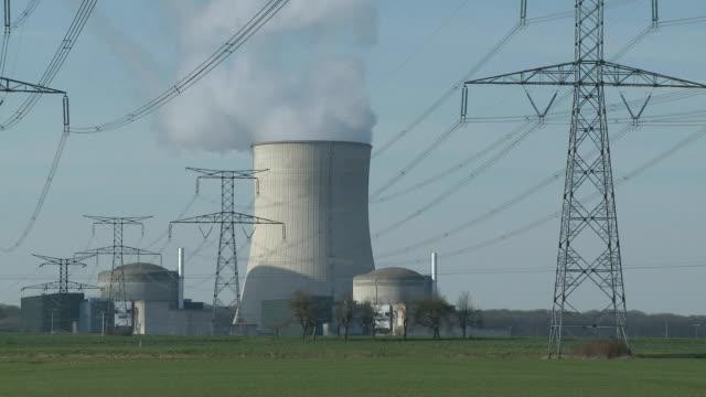 ms view of atomic power plant / cattenom, lorraine, france - lorraine bildbanksvideor och videomaterial från bakom kulisserna
