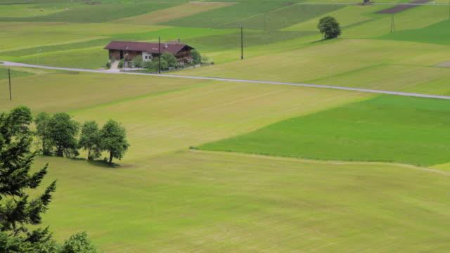 ws view of austrian landscape / mayrhofen, zillertal, austria - 北チロル点の映像素材/bロール