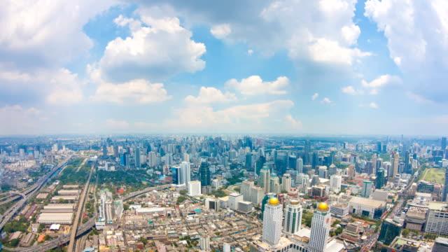 バンコクの街並みの眺め、雲